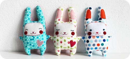 Bunny Plushie Pattern by Revoluzzza
