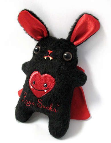 Vampire-Bunny-Plushie-How-to