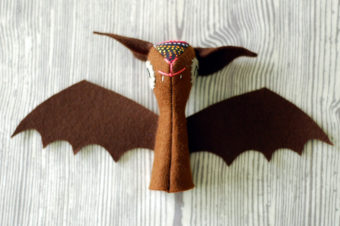Bat Finger Puppet Plushie Pattern by Soto Softies