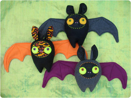 5 halloween bats to sew for halloween