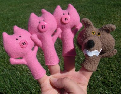 the three pigs finger puppets