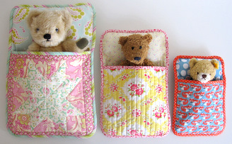 Stuffie Sleeping Bag Tutorial by Flossie Teacakes