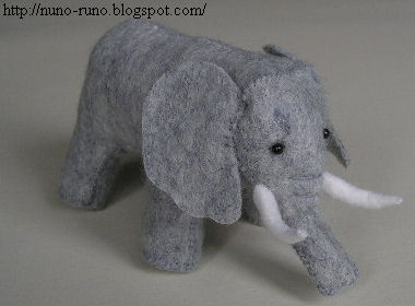 elephant stuffed animal tutorial \ plushiepatterns.com