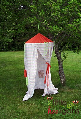 kids play tent tutorial. great for indoors or outdoors | plushiepatterns.com