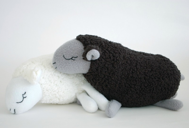 Sheep Tutorial and Template | plushie patterns