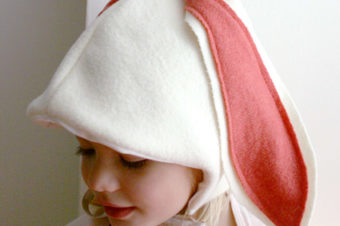 Bunny Hat and Paw Mittens Tutorial