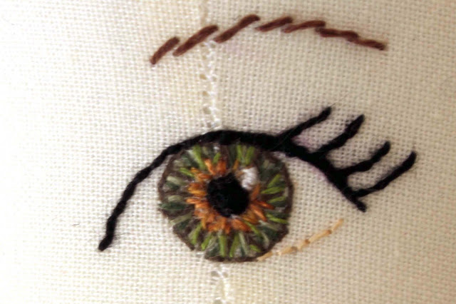 How to stitch colored eyes for your dolls - Doll Making - Coloring the Eyes