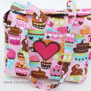The-DIY-Mommy-Doll-Diaper-Bag-and-Accessories-13