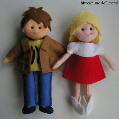 felt fashion dolls you hand sew!