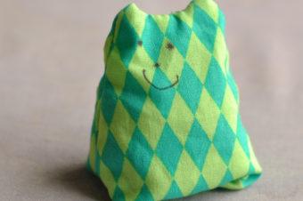 Easy Cat Bean Bag Tutorial