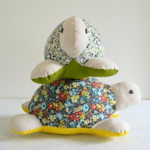 Turtle Plushies to Sew | Different styles, designs, and type of fabric used | Easy to follow tutorials