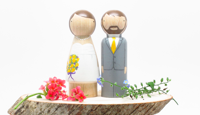 BRIDE AND GROOM PEG DOLLS