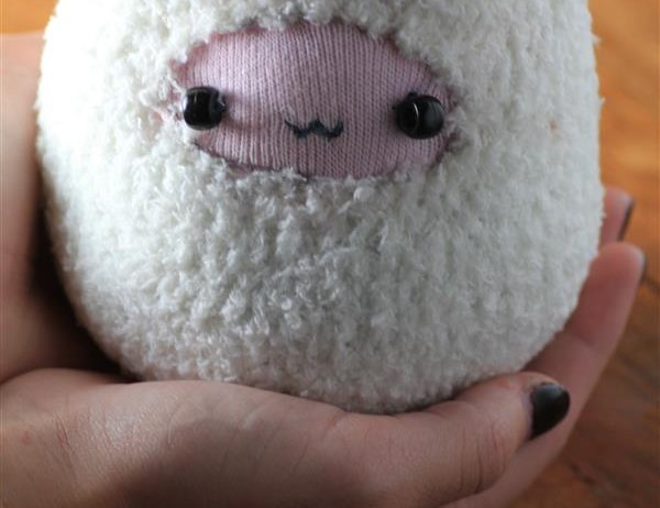 Sock Plushies Ball – Little Sheep