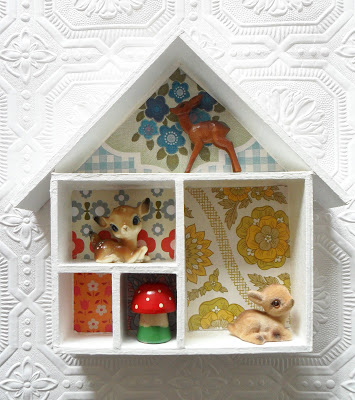 How to Use Wall Paper for Doll Houses