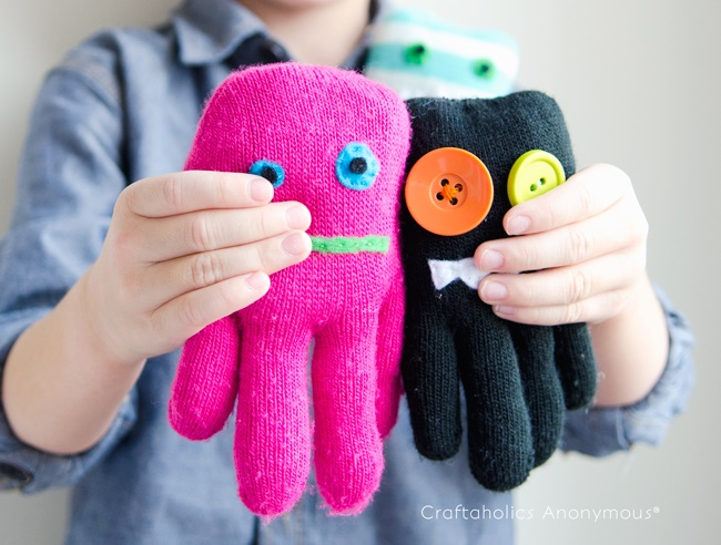 How to Make Glove Monsters Tutorial